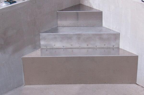 AQUASTEP Aluminium-Ecktreppe BWT