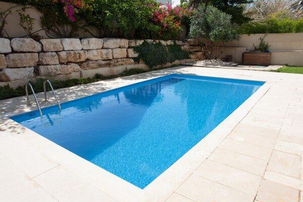 Styropor Pool 700 x 350cm Grundset mit Leiter von Apoolco Premium